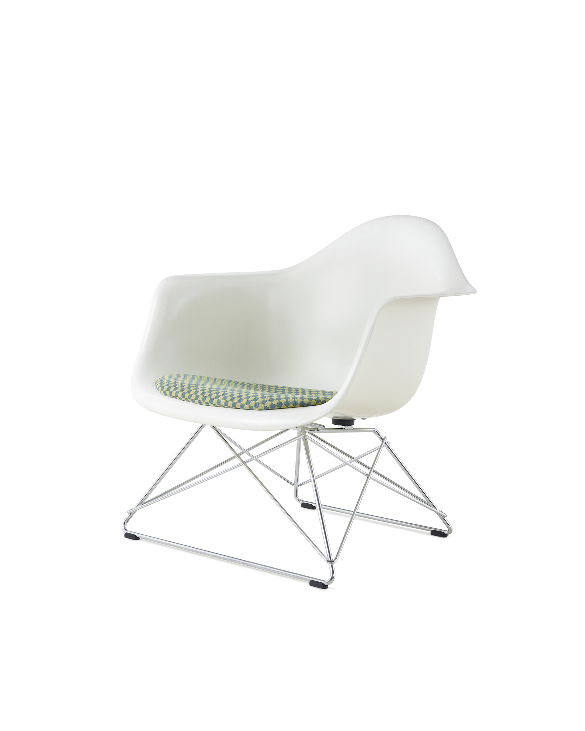 Eames LWB White with Seatpad
